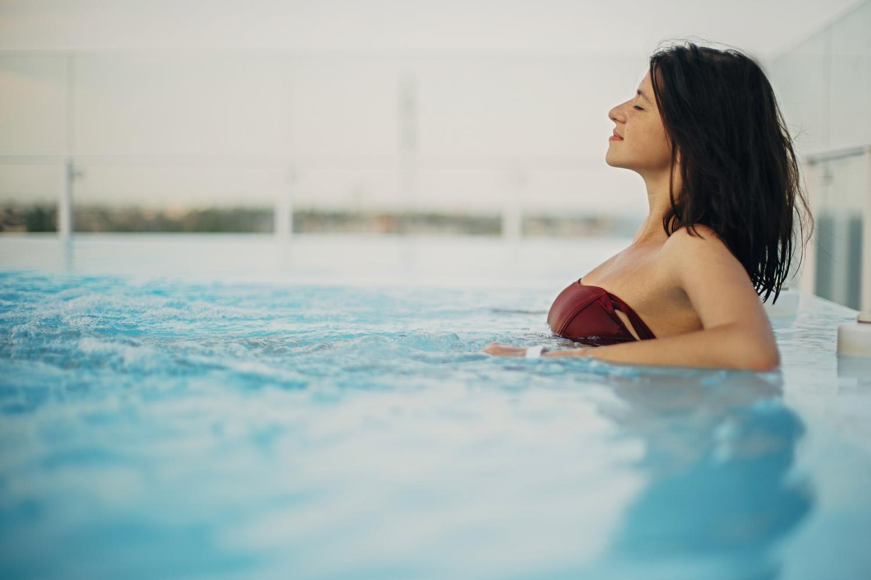Happy brunette girl on summer vacation in tuolumne county